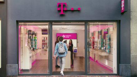 T-Mobile – Go Go Go Deals